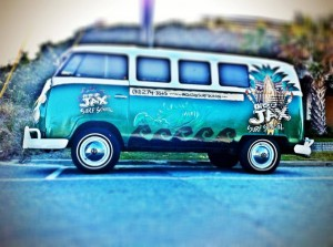 Indo Jax Surf Bus